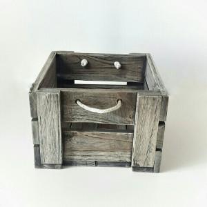 Bild von Quadratisches Holztablett mit Seil-Griffen, Vintage-Antikgrau Finish