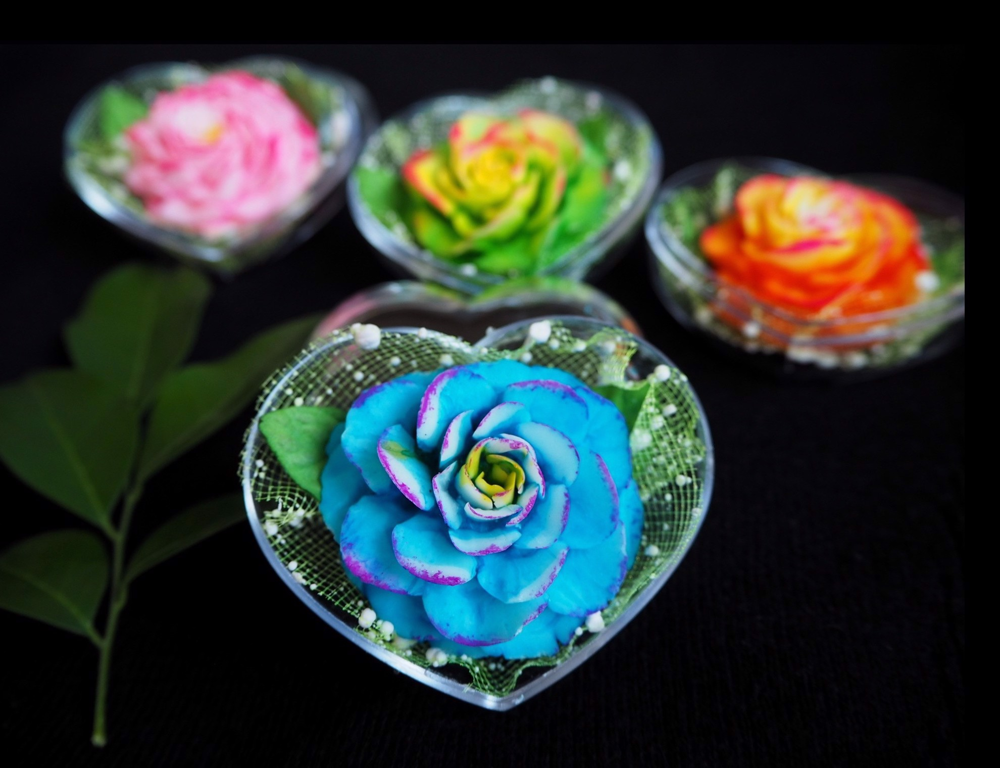 Picture of Autumn Flower Decorative Soaps (4) Hand Carved, Jasmine Aroma