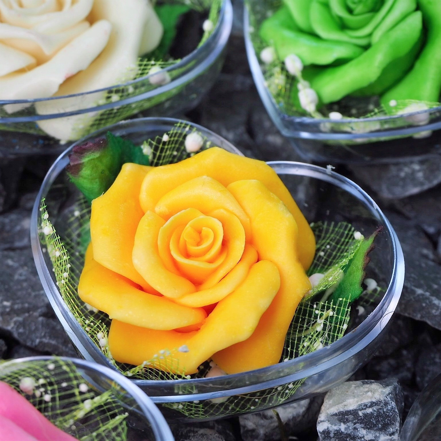 Picture of Wedding Favors Pack of Colorful Rose Flower Soap Carving, Rose Aroma Essential Oil, Handmade by Artisan, Personalized Message
