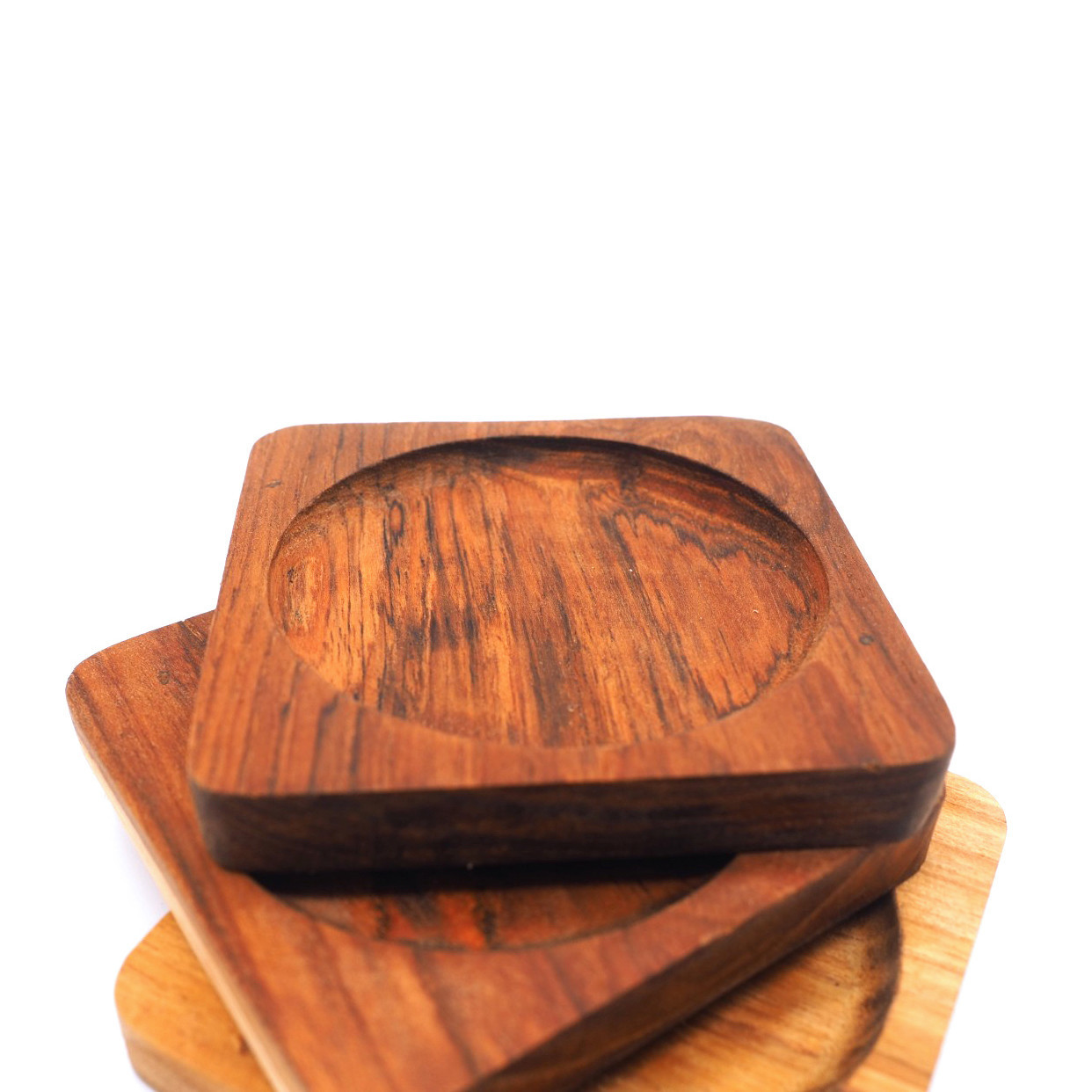 Image de 4 x Sous-verres carrés en bois de teck - 9,5 cm